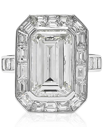 Emerald Cut Center Diamond Ring Set in Platinum