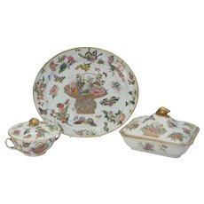 Chinese Export Set of Dishes