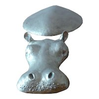 Baby Hippo bronze in silver color