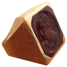 Gold Men's Ring with Intaglio Portrait in Carnelian