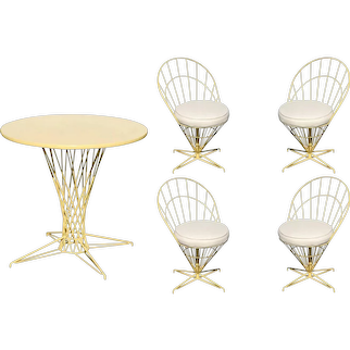 """Verner Panton Style Wire """"Cone"""" Chairs and Dining Table Set"""
