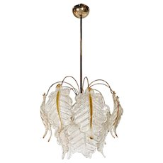 Enticing Murano Vintage Chandelier
