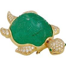 VAN CLEEF & ARPELS Diamond & Carved Emerald Turtle Brooch
