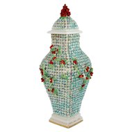 English Chelsea Rococo Snowball Style Porcelain Covered Urn