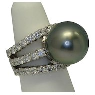 15.85mm Tahitian Pearl & Diamond Ring