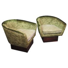 Couple of Italian Armchairs Art Deco in Green Velvet, 1940s