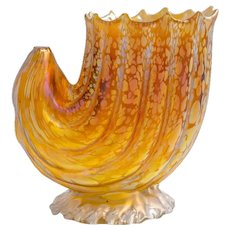 Conch shell vase Johann Loetz Witwe decor Candia Papillon circa 1900
