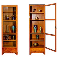 Pair of Vitrines Bruno Paul Austrian Jugendstil Birch and Pearwood circa 1907