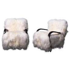 Exceptional art-deco furry armchairs