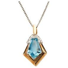 Art Deco Aquamarine and Diamonds Gold Pendant