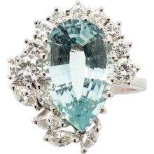 Tear Drop Aquamarine Gold Ring with Diamonds