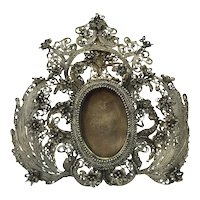 Russian silver photo frame , 1862 by Mikhail Szemjonovics Gubkin jeweller