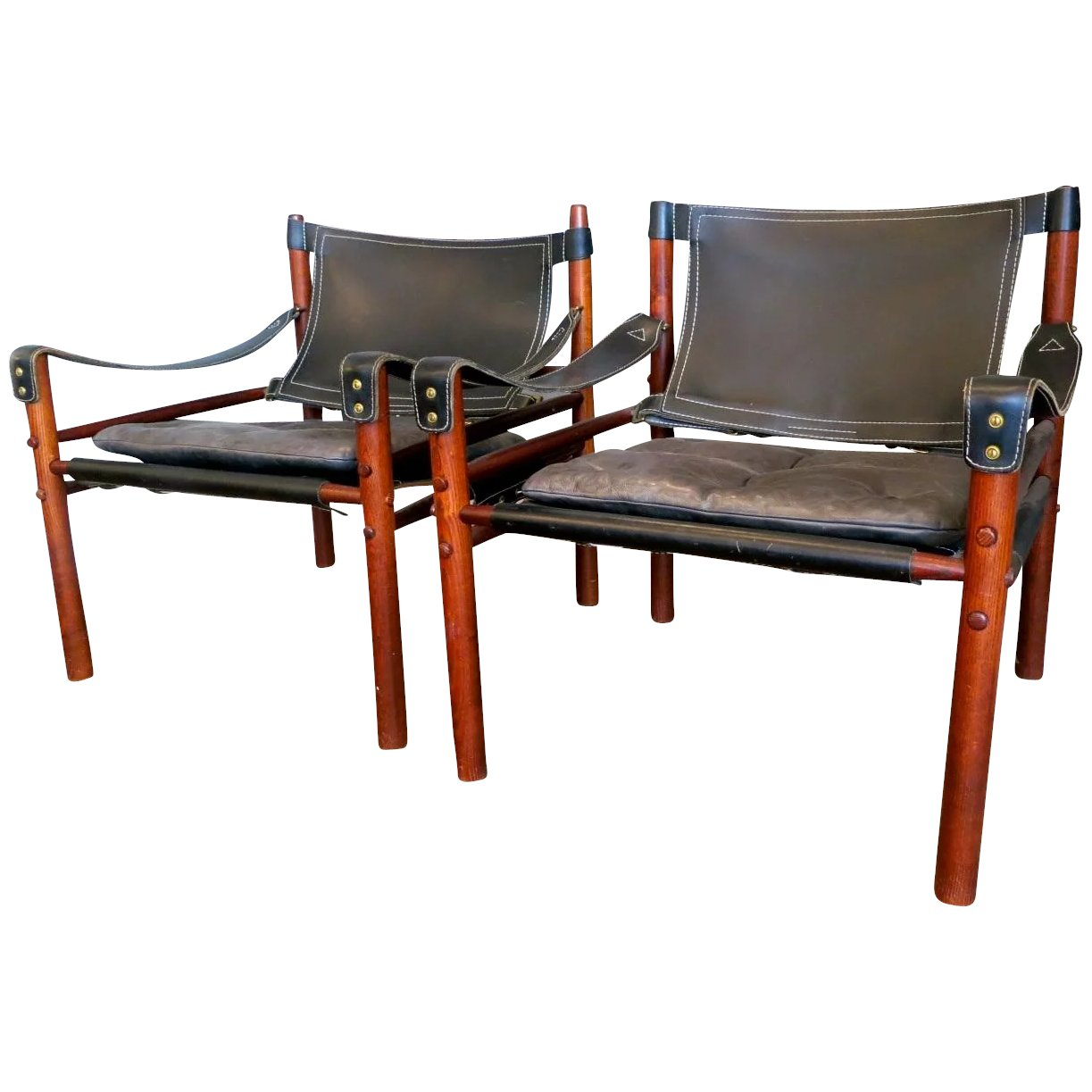 Magnificent A Pair Of Arne Norell Leather Safari Chairs Gmtry Best Dining Table And Chair Ideas Images Gmtryco