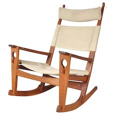 """Keyhole"" Rocking Chair by Hans J. Wegner for GETAMA, Denmark, circa 1960  €3.400"