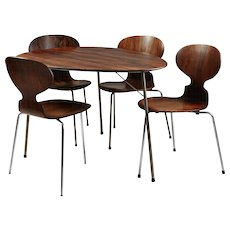 Dining Table and Chairs Designed by Arne Jacobsen for Fritz Hansen, Denmark