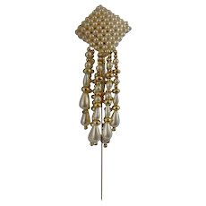Gold Tone White Faux Pearls Pin