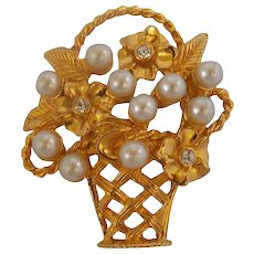 Gold tone faux pearls Pin Brooch