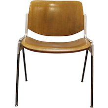 Set of Six Mid-Century Modern Chairs by Giancarlo Piretti, Italy, 1970s