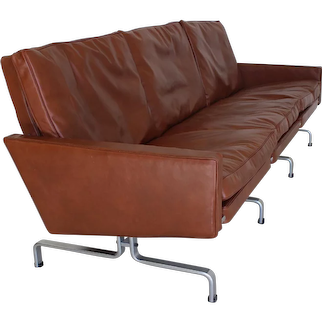 PK31-3 Three Seater by Poul Kjearholm