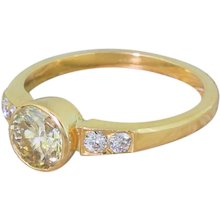 Late 20th Century 1.01 Carat Light Yellow Brilliant Cut Diamond Ring, circa 1975