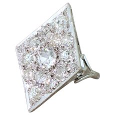 Art Deco 4.16 Carat Old Cut Diamond Kite Cluster Ring, circa 1920