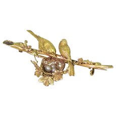 Mid Century Natural Pearl Nesting Lovebirds Pin Brooch, circa 1950