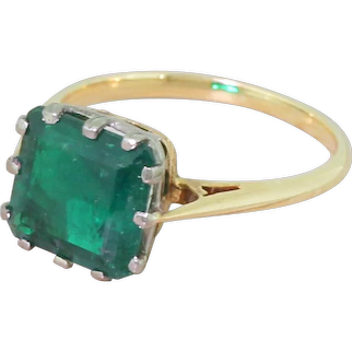 Art Deco 2.85 Carat Colombian Emerald Solitaire Ring, circa 1925
