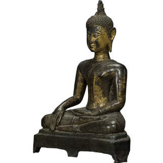 1600 Century gilt bronze Buddha, Provenance Knuthenborg