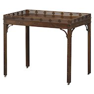Elegant tray table, Chippendale style, England circa 1900
