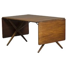 Wegner dining table, model AT-309, designed in 1952