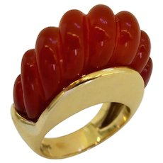 1960s Carnelian and Gold Dome Ring