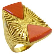 Kutchinsky Coral and Gold Cocktail Ring, London, 1972