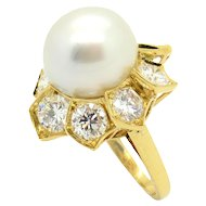 Bulgari  1980s Pearl and Gold Ring