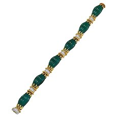 Van Cleef & Arpels Carved Chrysophrase Diamond Gold Link Bracelet