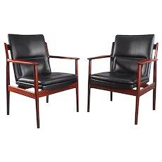 Pair of Rosewood Armchairs by Arne Vodder