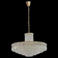 Vienna Crystal Glass Chandelier Manufacturer Bakalowits, 1950