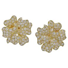 V.C.A. Diamond Pavot 18K Yellow Gold Earrings