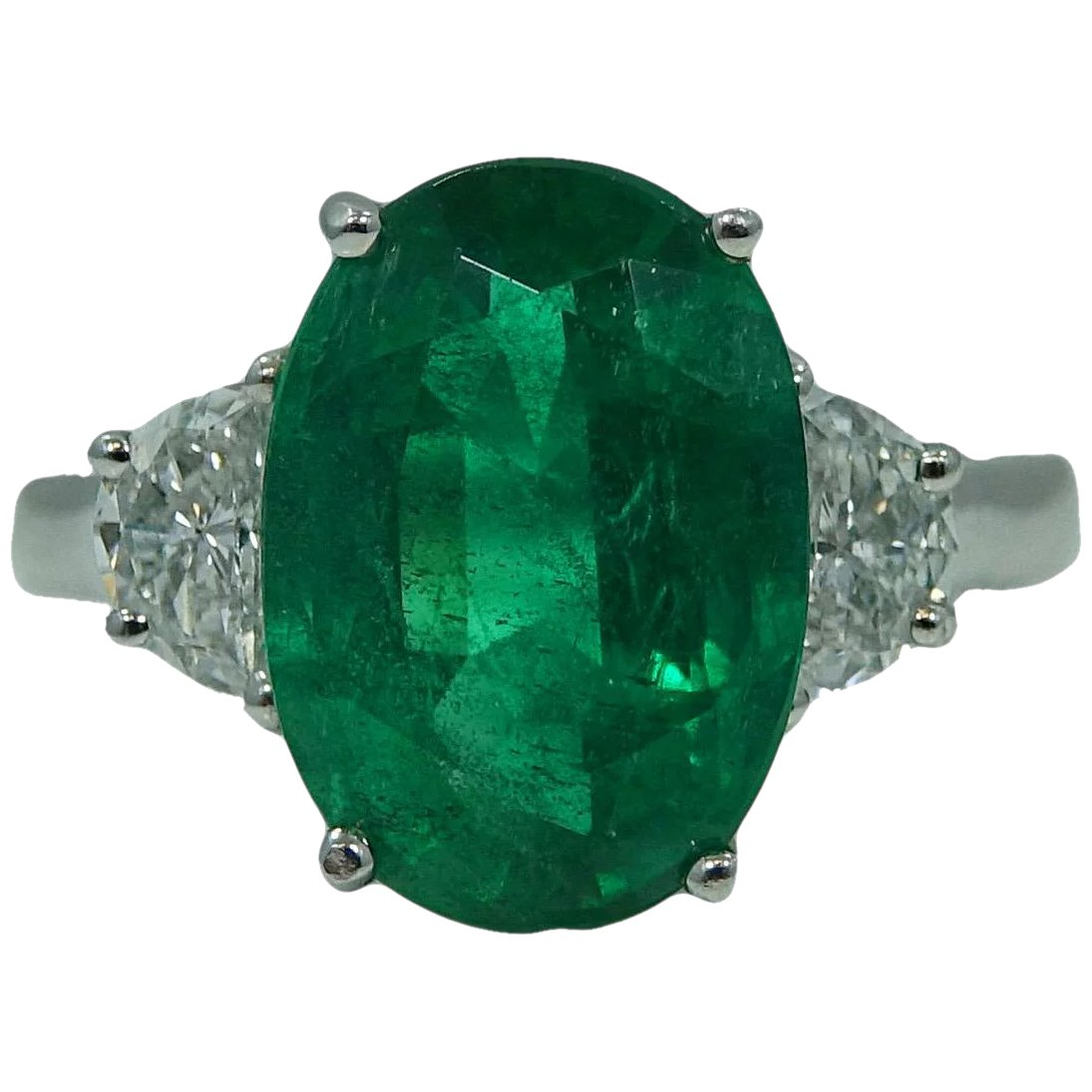 Platinum Oval Emerald And Diamond Ring : Provident Jewelry