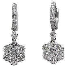 18K White Gold Diamond Dangle Earrings