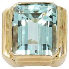 18K Yellow Gold Aquamarine Ring