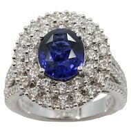 18K White Gold Sapphire Ring With Diamonds