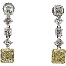 Platinum and Gold Earrings with 4.22 Carat of Yellow and White Diamonds