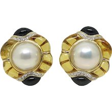 Yellow Gold Pearls, Topaz, Onyx and Diamonds