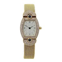 Van Cleef & Arpels Paris Yellow Gold Diamond Classique Quartz Wristwatch