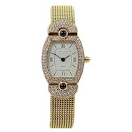 Van Cleef & Arpels Paris Yellow Gold Diamond Classique Quartz Wristwatch