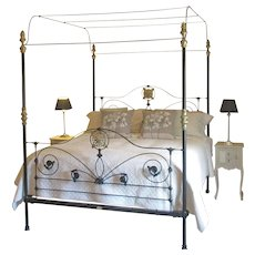 Wide Four Poster Bed