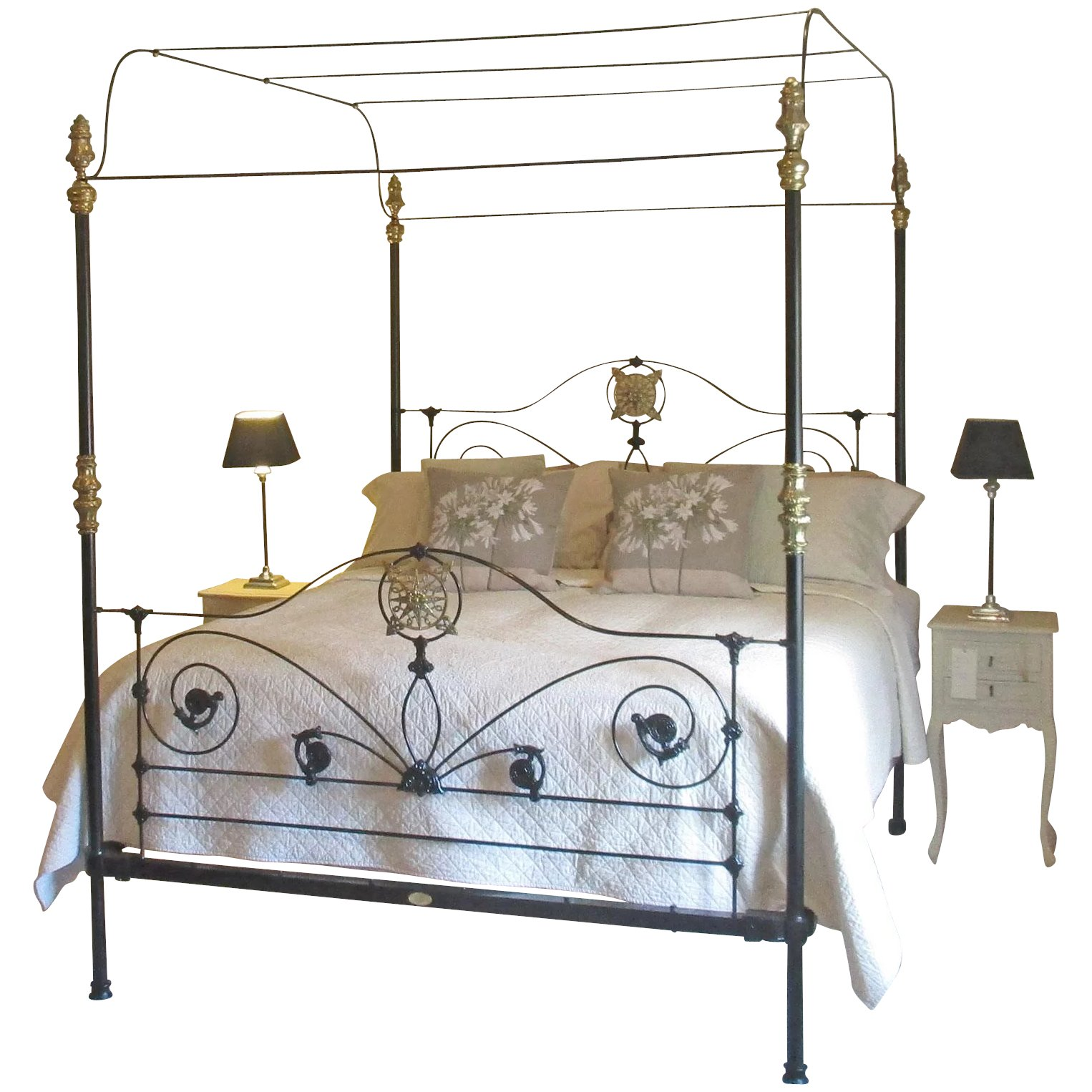Wide Four Poster Bed Seventh Heaven Rubylux