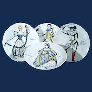 Piero Fornasetti Set of Four Porcelain Commedia Dell'arte Maschere Italiane Plates, Italian Masks, Circa 1970s