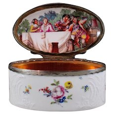 Silver-mounted Porcelain Snuff Box in elongated-oval shape with Paintings after Nilson, Berlin KPM ca. 1770