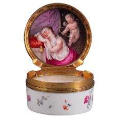 Little round Porcelain Box, Frankenthal ca. 1770